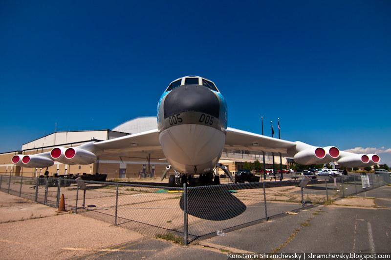 Американский Стратегичесий бомбардировщик Ракетоносец Боинг Б-52 Стратофортресс B-52 Stratofortress Boeing