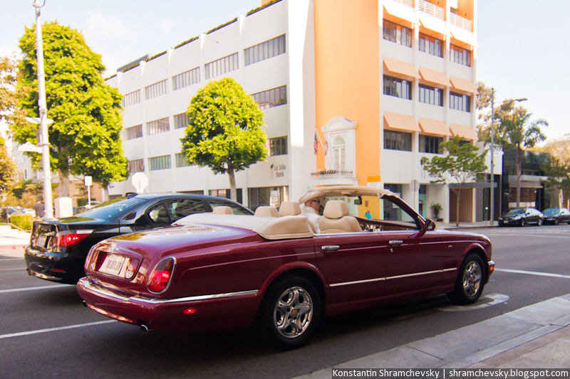 USA California Los Angeles Beverly Hills Rolls Royce Phantom Coupe США Калифорния Лос Анджелес Беверли Хиллз Роллс Ройс Фантом Купе Бордовый