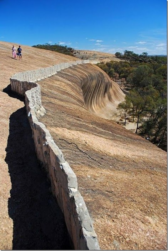 Rocha em forma de onda do mar na Ausralia (3)