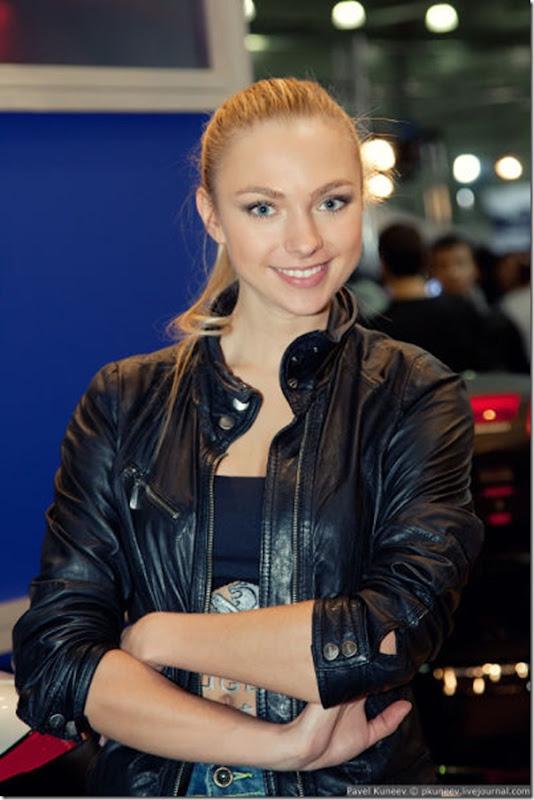 Belas garotas na Motor Park 2011 na Russia (4)