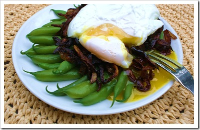 green beans with caramelized onion poached egg nest