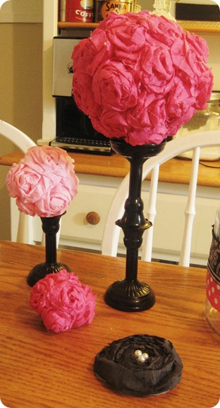 Easie peasie co crepe paper flower ball tutorial tips foam balls of varying sizes i refused to pay the whopping prices for foam balls and found squares at the dollar tree mightylinksfo