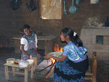 Cuisine chez une famille de San Lorenzo Zinacantan