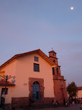 Lever de lune au quartier San Blas