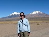 Volcans chilien à gauche et bolivien à droite