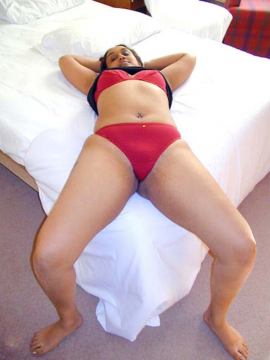 hot Indian Aunty bikini Show, red hot hot Indian Aunty bikini Show, hot Indian Aunty bikini