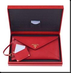 Prada_St_Valentine_secret_red_wallet
