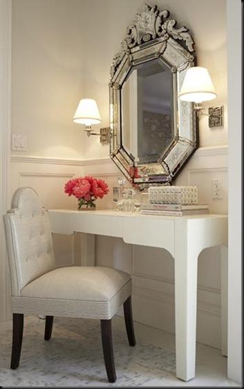rinc%C3%B3n tocador con espejo veneciano y pareja apliques