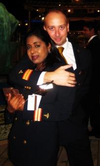 Chris e eu, únicos representantes do Departamento Médico nas celebrações do Ano Novo