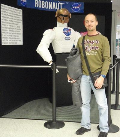 Eu e o Robonaut em Houston