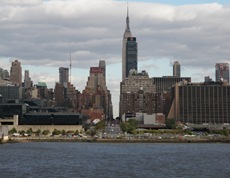 As ruas e avenidas literalmente atravessam Manhattan de uma ponta a outra.