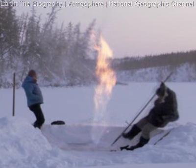 بیرون آمدن آتش از دل یخ 2