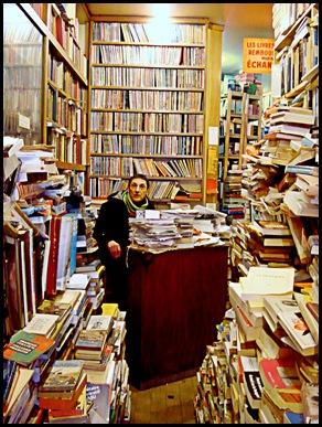 aaa muchos libros