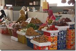 Ke Pasar Siti Khadijah 25.11.2010 025