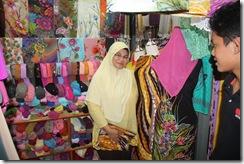 Ke Pasar Siti Khadijah 25.11.2010 034