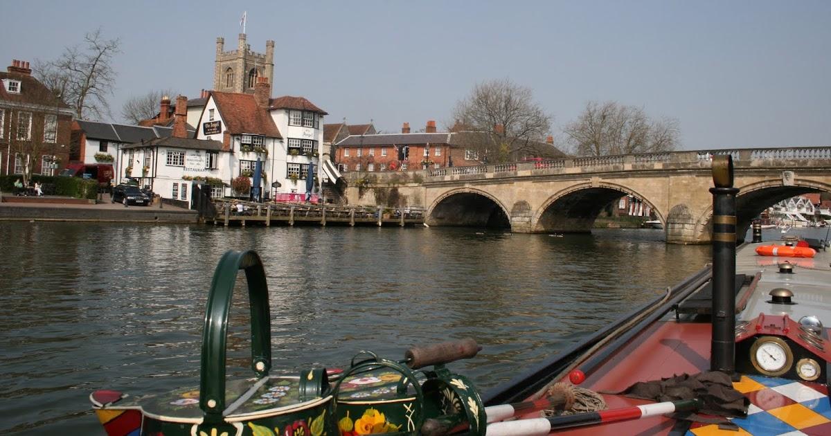 Narrow Boat Albert Marlow