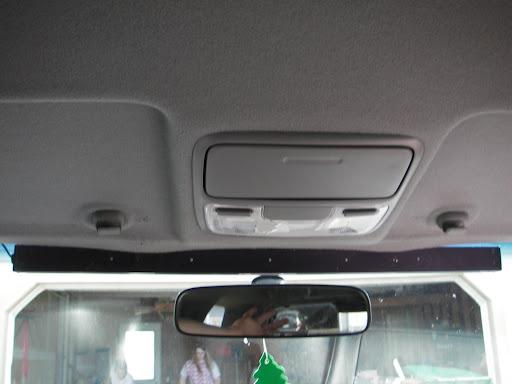 2005 Honda CR-V Emergency Lighting and Radio Installation