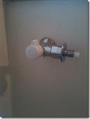 自然素材の家 洗濯機水栓
