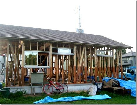 土壁の家 瓦終了