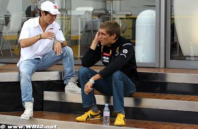 Камуи Кобаяши и Виталий Петров на Гран-при Великобритании 2010