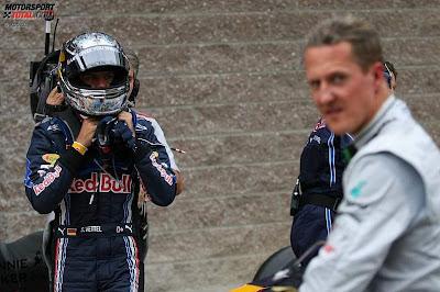 Михаэль Шумахер и Себастьян Феттель после квалификации Гран-при Кореи 2010