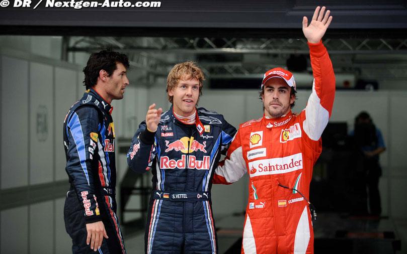 Марк Уэббер Себастьян Феттель и Фернандо Алонсо после квалификации Гран-при Кореи 2010 приветствуют зрителей