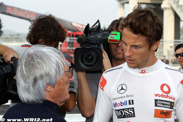Дженсон Баттон и Берни Экклстоун на Гран-при Кореи 2010