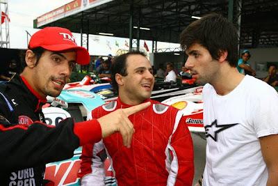 Лукас ди Грасси Фелипе Масса и Хайме Альгерсуари на картинговой гонке во Флорианополисе 2010