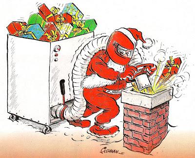 Дед Мороз с подарками и заправочной машиной