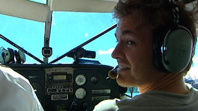 Нико Росберг за штурвалом самолета