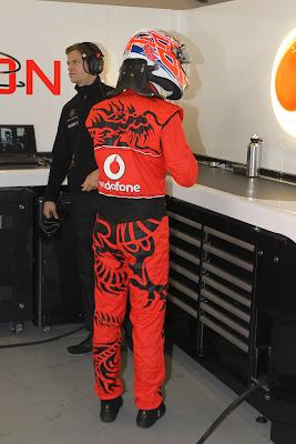 Дженсон Баттон в форме подготовленной Hugo Boss специально для Гран-при Китая 2011