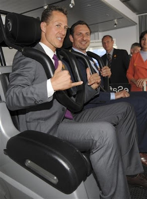 Михаэль Шумахер тестируем технологии безопасности