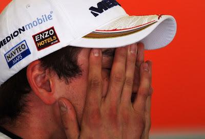 фэйспалм Адриана Сутиля на Гран-при Испании 2011