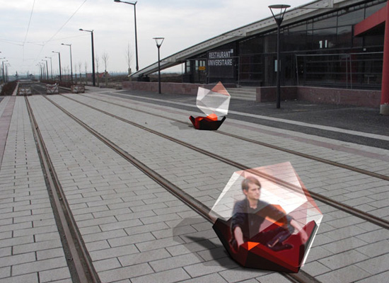 Train by HEHE