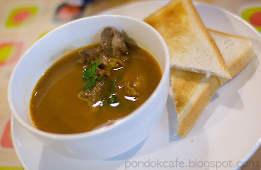 sup suzy oxtail soup pondok cafe