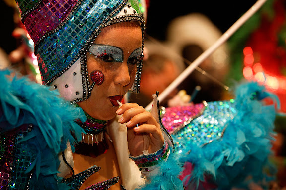 Carnaval de Tarragona, Dijous Gras (23.02.2006)La Disfressa d'Or, concurs per escollir la millor disfressa de les comparses que participen en la rua de Carnaval.