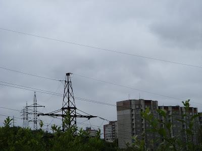 鉄塔と団地
