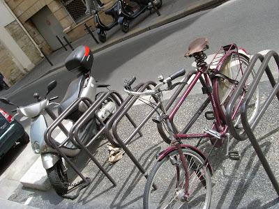 街角の駐輪場