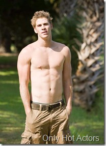 liam-hemsworth-shirtless-photo_415x566