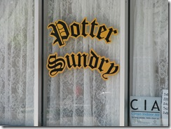 1066 Potter Sundry Potter NE