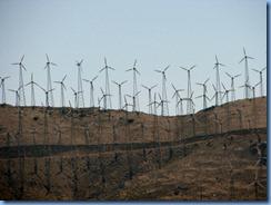 2616 Wind Turbines near Mojave CA