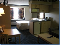 6514 Microtel suite Independence KS