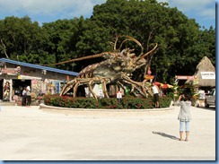 7114 U.S 1 The Overseas Highway FL - Spinny Lobster statue