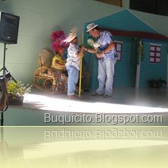 Musical_Play_en_Encuentro_Familiar_2010[1]