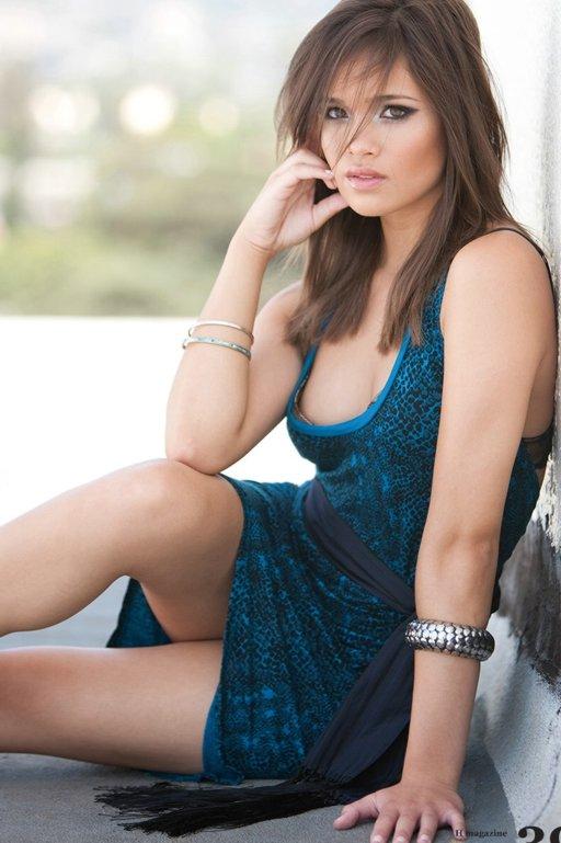 Nicole Anderson Nicole-anderson-h-mag-hot-06