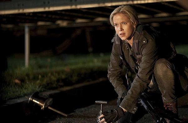 """4800913572 c01c88a4da z Fotos e Trailer Para a Nova Produção de Spielberg, """"Falling Skies""""."""