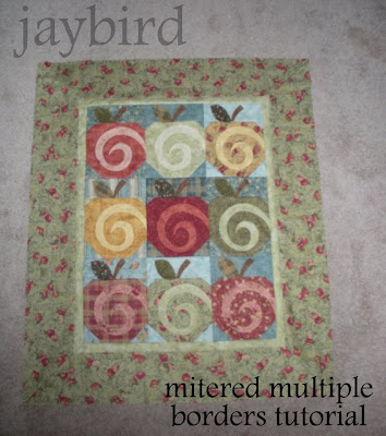 mitered multiple borders tutorial - {quilting basics tutorial ... : mitered quilt borders easy - Adamdwight.com