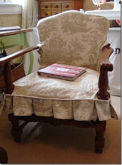 upholseried chair 005