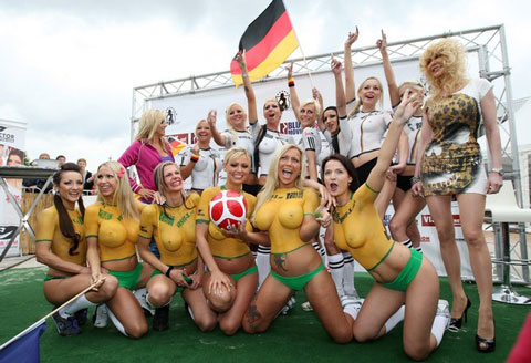 World Cup Body Paint Girls. Super models burn World cup