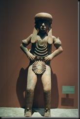 Nasjonalmuseet for atropologi - liten statue - MX